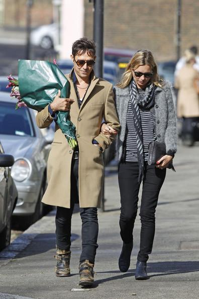 ケイト・モスと夫のジェイミー・ヒンスの画像