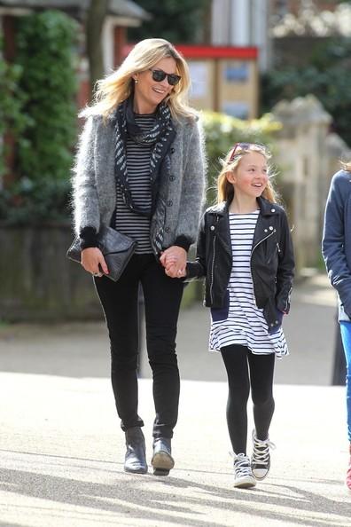 ケイト・モスと娘のライラちゃんの写真