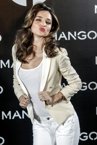 Miranda-Kerr-Mango8