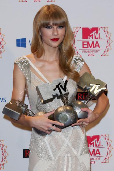 Taylor-Swift-hair2