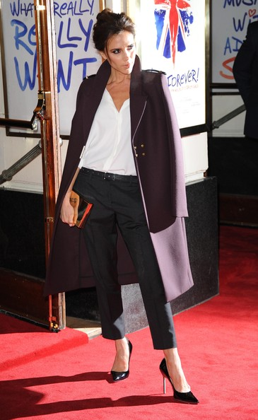 Victoria-Beckham-Viva-Forever-Press-Night