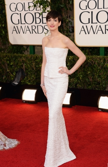 Golden-Globe-Awards--Anne Hathaway