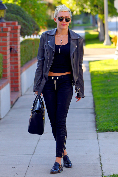 Miley-Cyrus--leather-jacket1