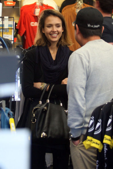 Jessica-Alba-no-make-up
