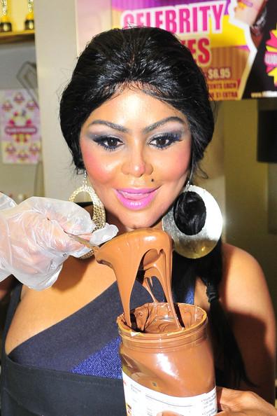 lil-kim-surgery-2010