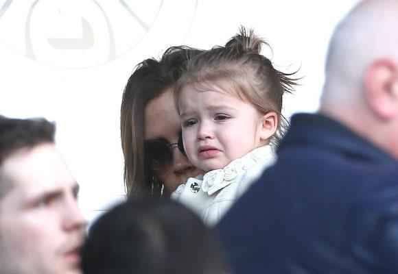 Victoria-Beckham-Family10