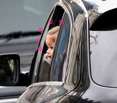 Victoria Beckham-happer3