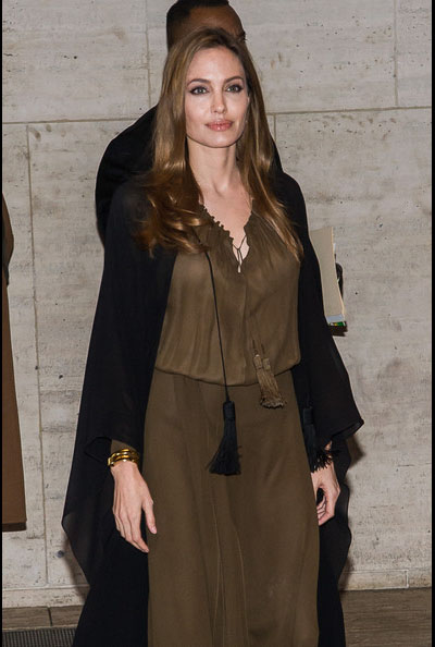 Angelina-Jolie-20130404-3