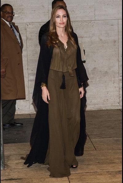 Angelina-Jolie-20130404