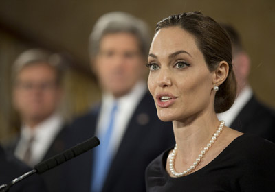 Angelina-Jolie-g8-5