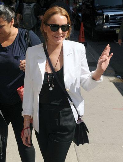 Lindsay-Lohan20130409-2