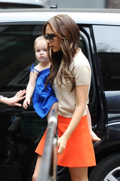 Victoria-Beckham-happer3