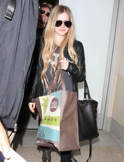 Avril-Lavigne20130515-4
