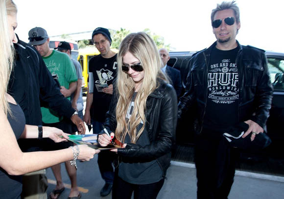 Avril-Lavigne20130515