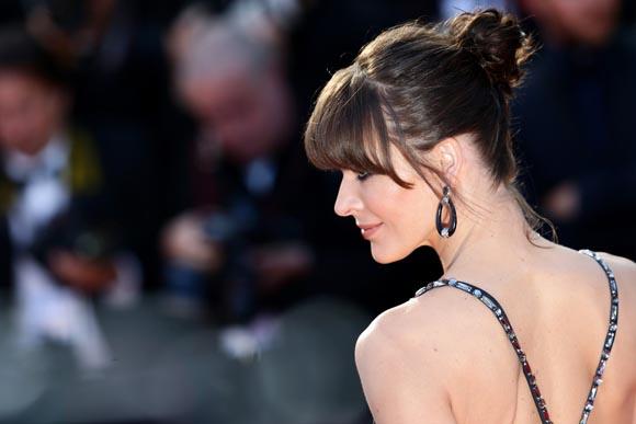 Milla-Jovovich-Cannes