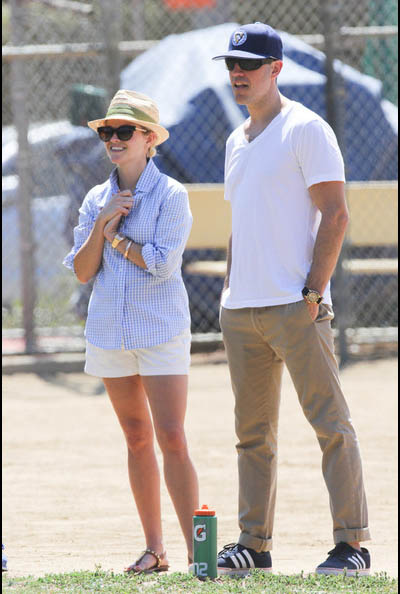 Reese-Witherspoon-husband1