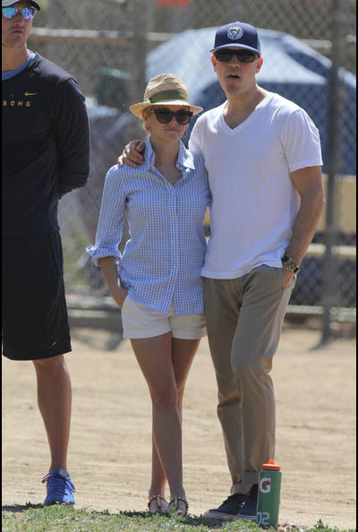Reese-Witherspoon-husband4