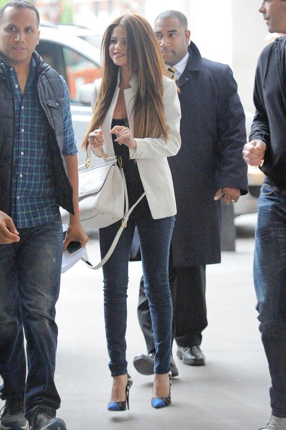 Selena-Gomez-london2