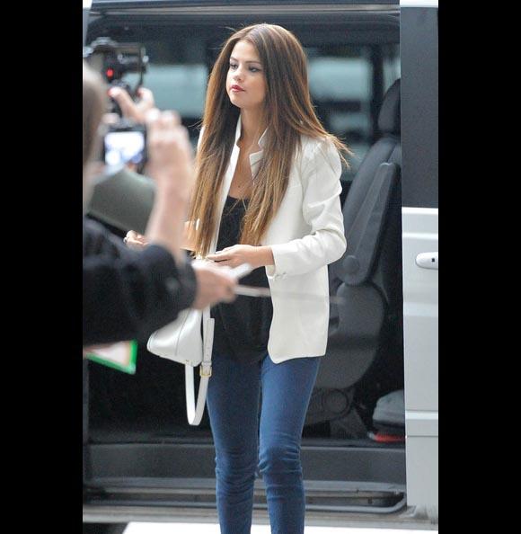 Selena-Gomez-london3