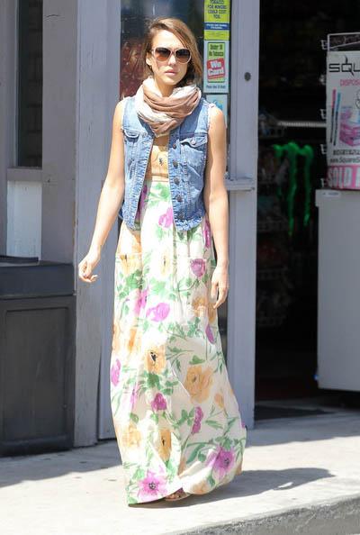 Jessica+Alba-Maxi-Dresses