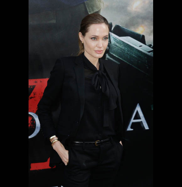 Angelina-Jolie20130603-5