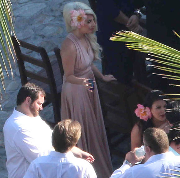 Lady-Gaga-20130608-5