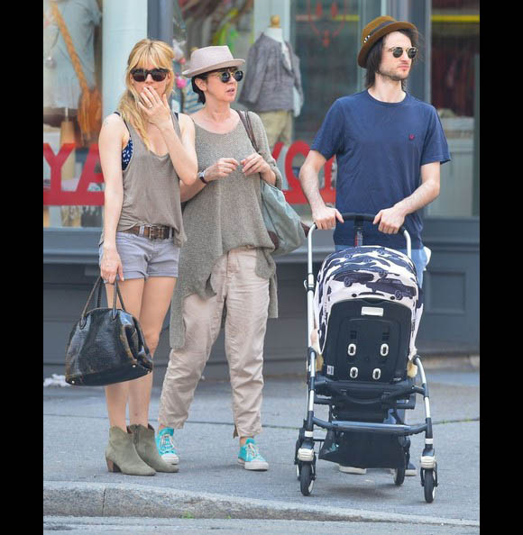 Sienna-Miller-Tom-Sturridge3