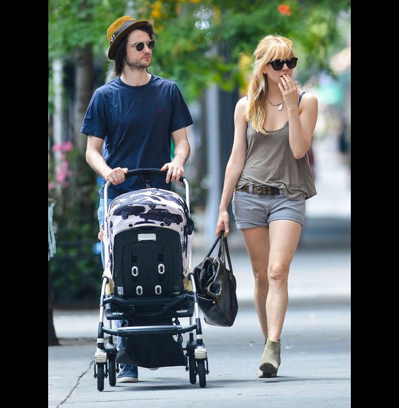 Sienna-Miller-Tom-Sturridge4