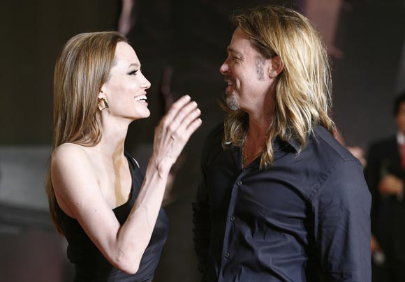 Angelina-Brad-japan5