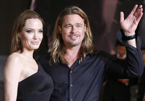 Angelina-Brad-japan6