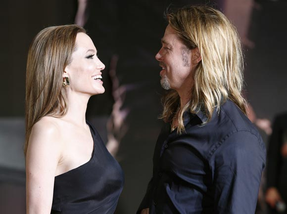 Angelina-Brad-japan7