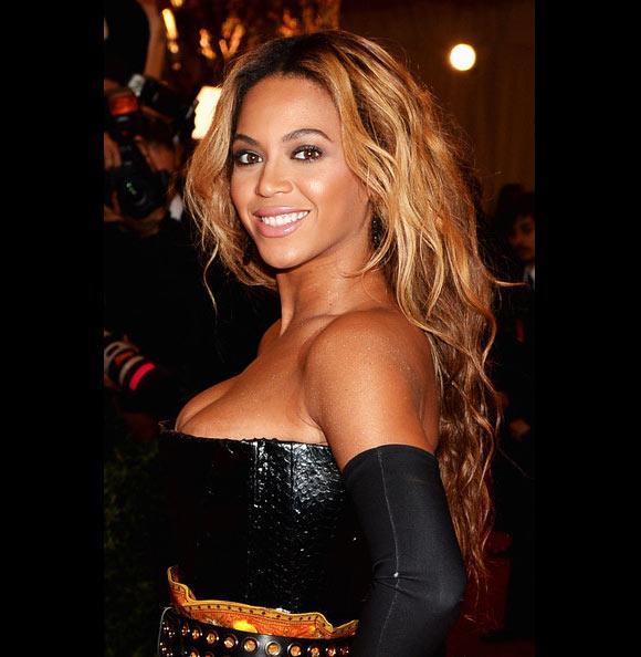 Beyonce-long-hair3