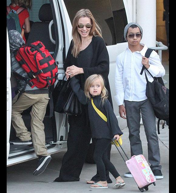 Angelina-Jolie-kids4