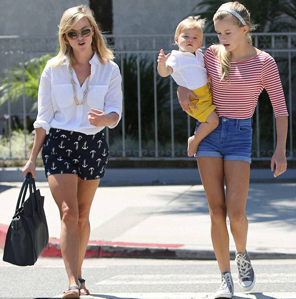 Reese-Witherspoon-daughters