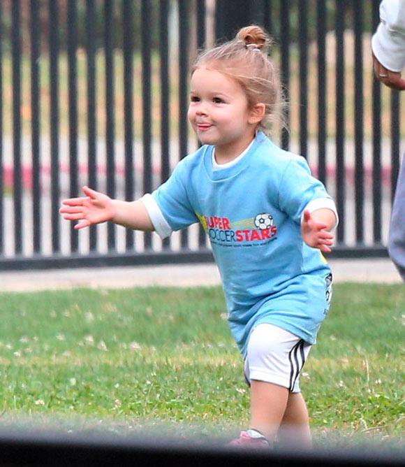 Harper-Beckham-Soccer3
