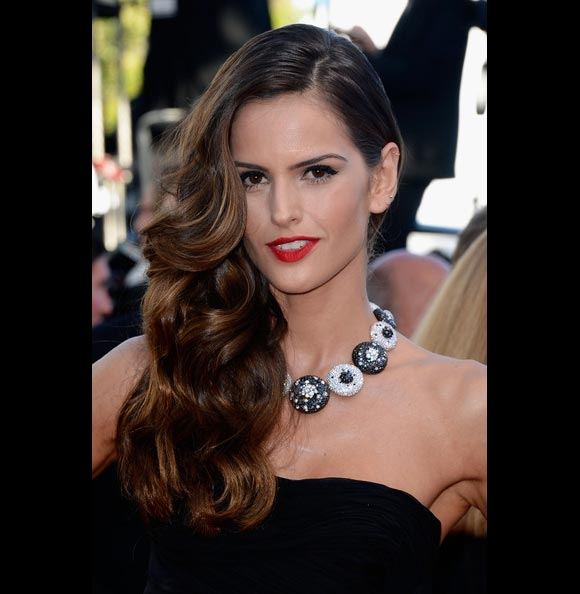 Izabel-Goulart-Hair