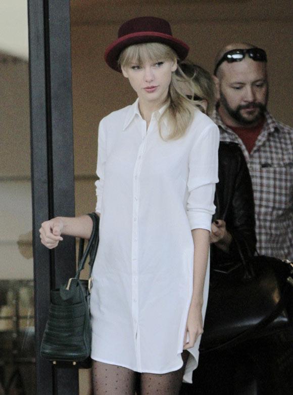Taylor-Swift20130928-2