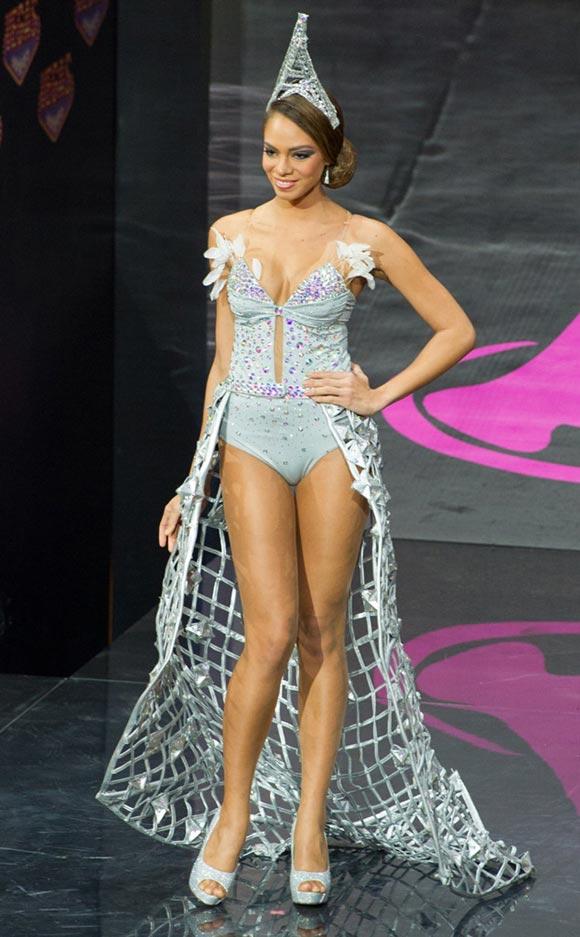 miss-universe2013-france