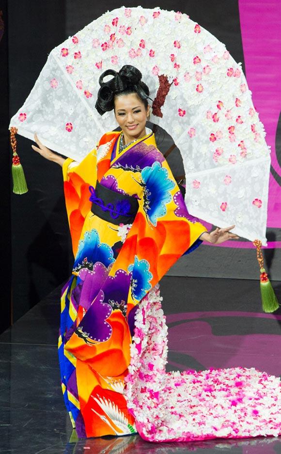 miss-universe2013-japan